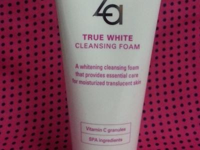 za true white cleansing foam