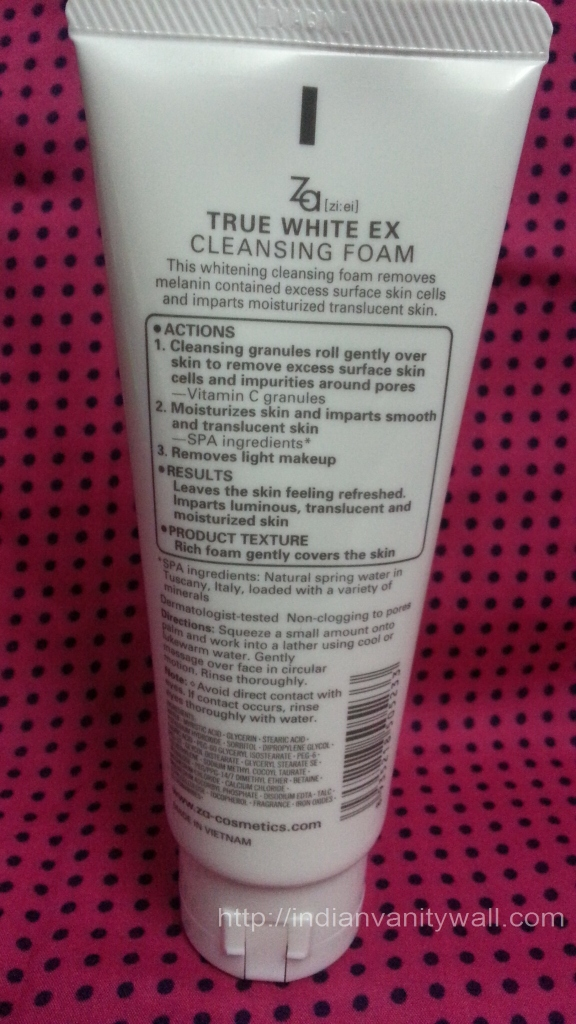 Za True White Cleansing Foam