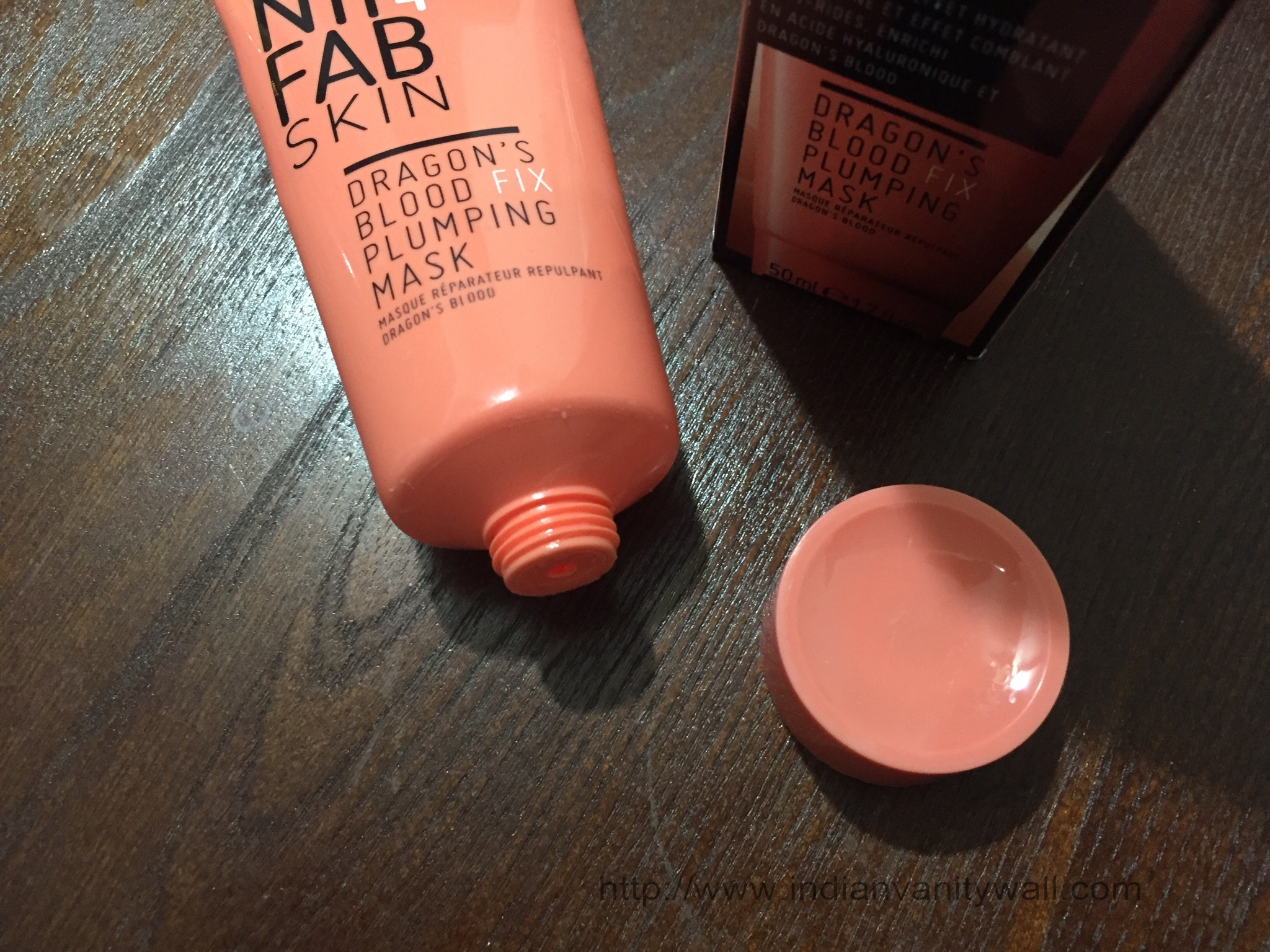 nip and fab dragon blood fix plumping mask