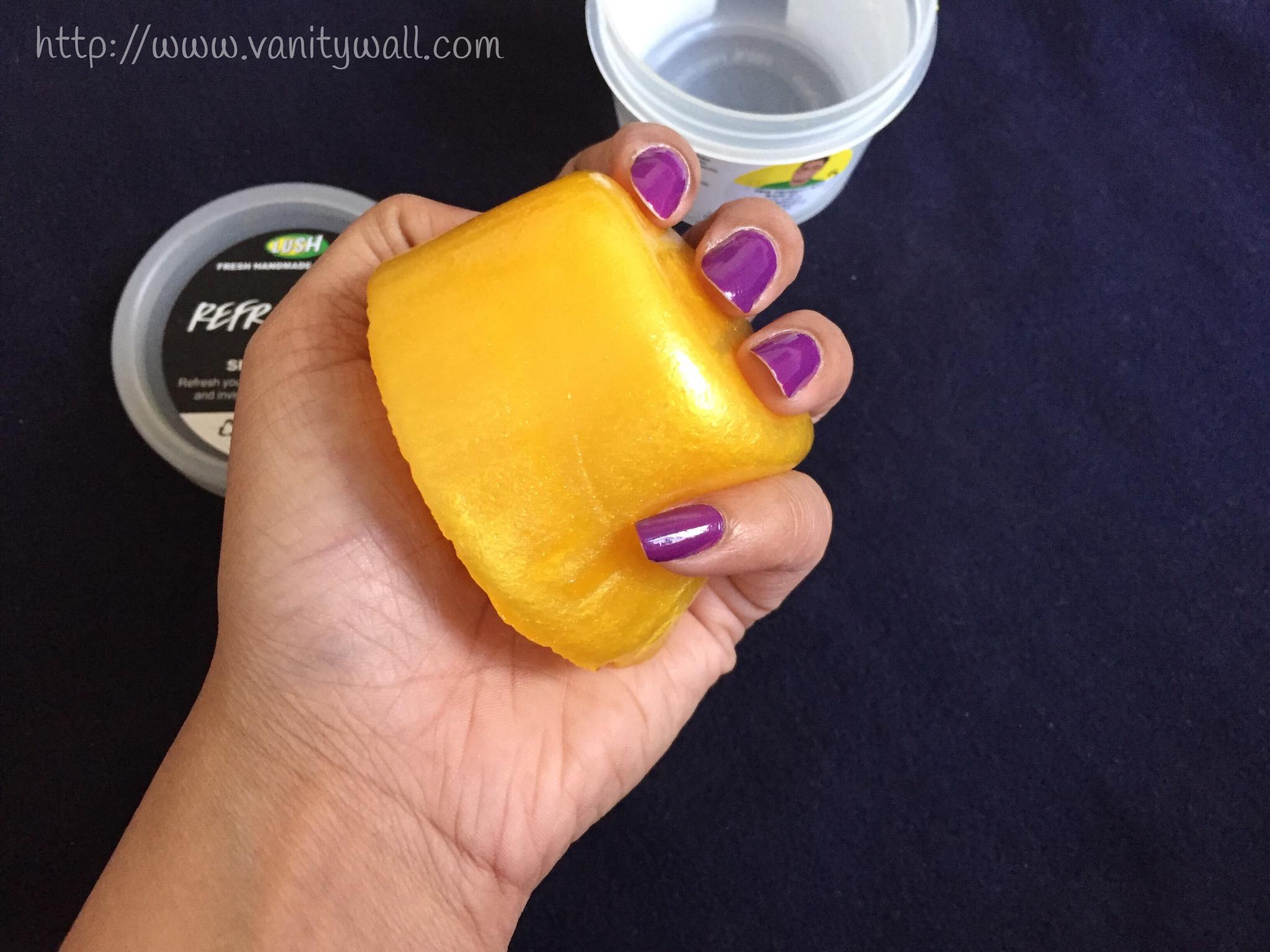 lush refresher shower jelly